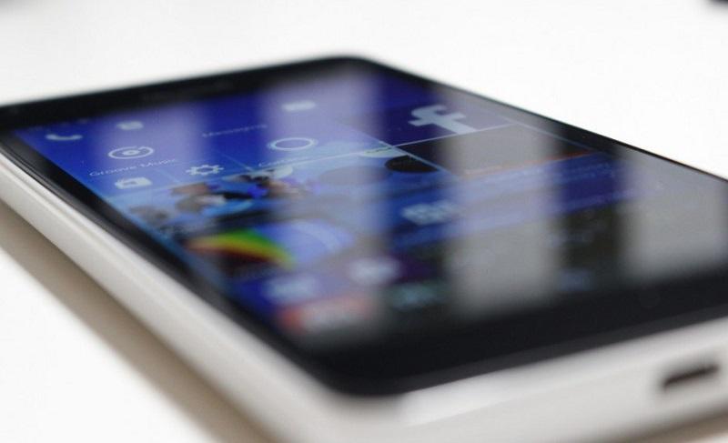 Lumia550-Hero2-945x630