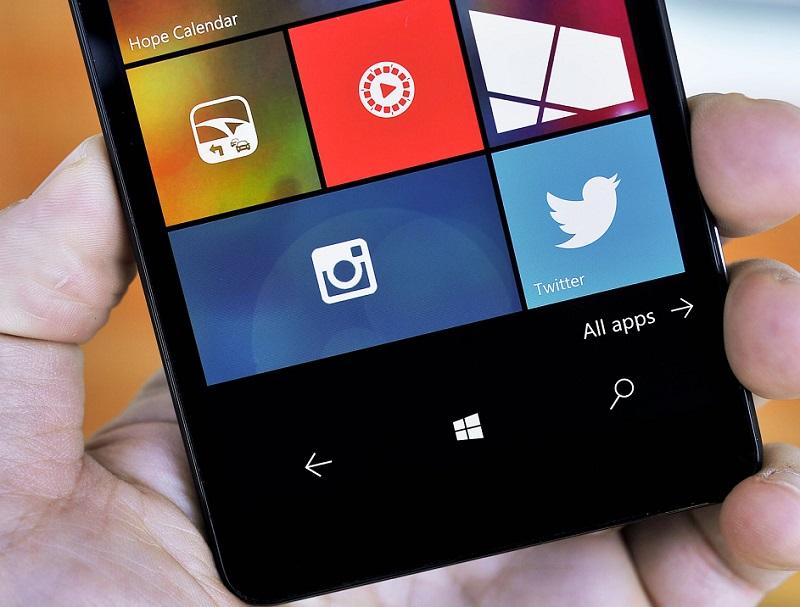 اپلیکیشن اینستاگرام برای ویندوز موبایل ۱۰ آپدیت شد.