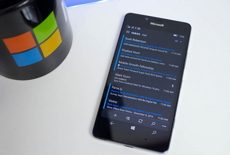 lumia-950-outlook-mail-unified-inbox