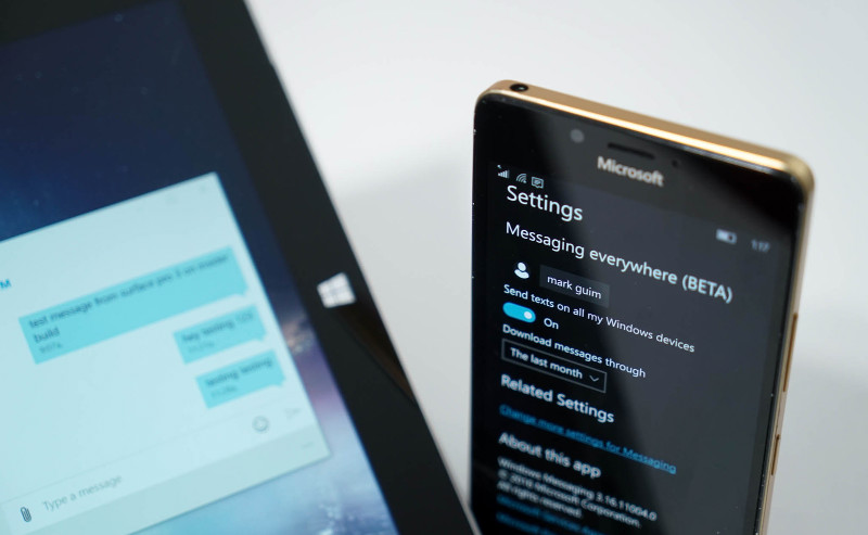 messaging-everywhere-lumia-surface
