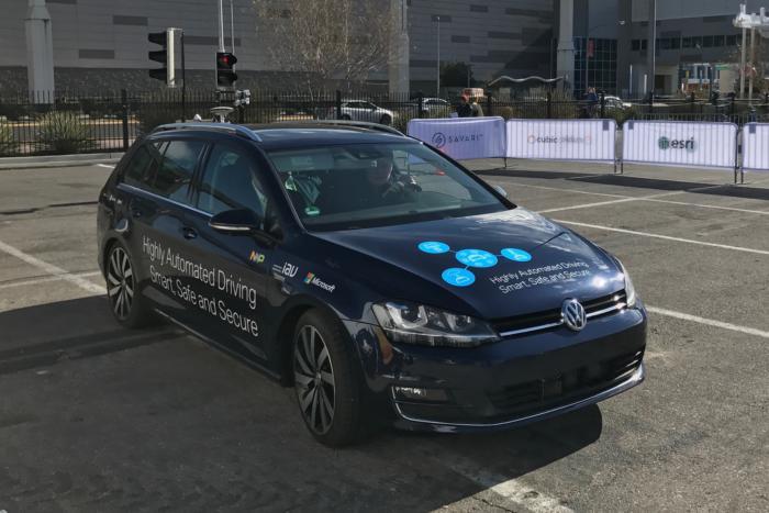 پلتفرم اتومبیل های متصل مایکروسافت