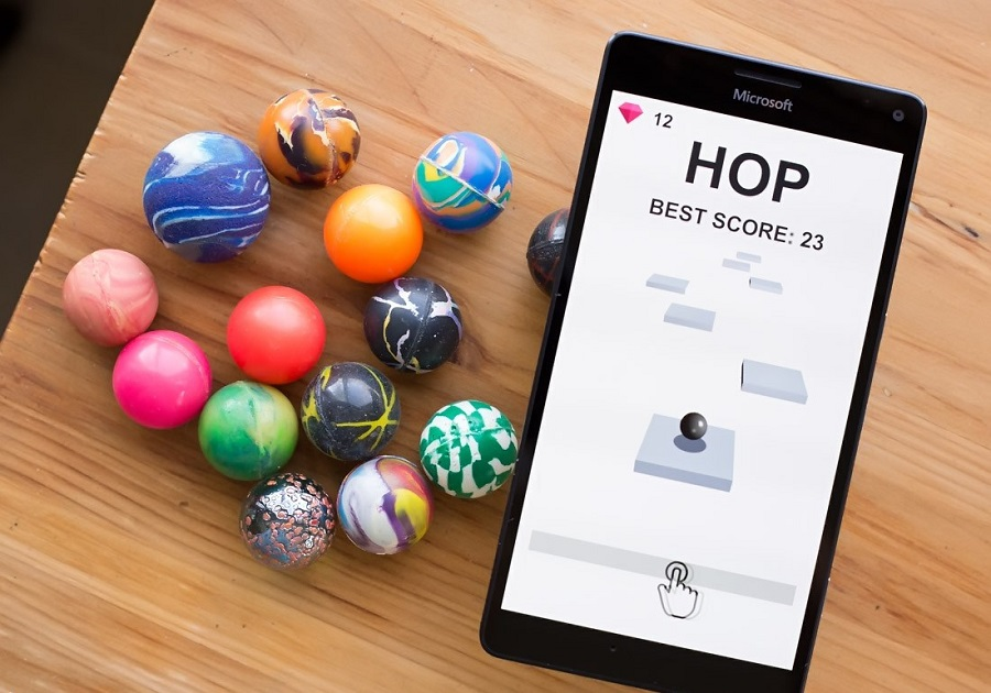بازی ساده و جذاب Hop برای موبایل ویندوز ۱۰ شما!