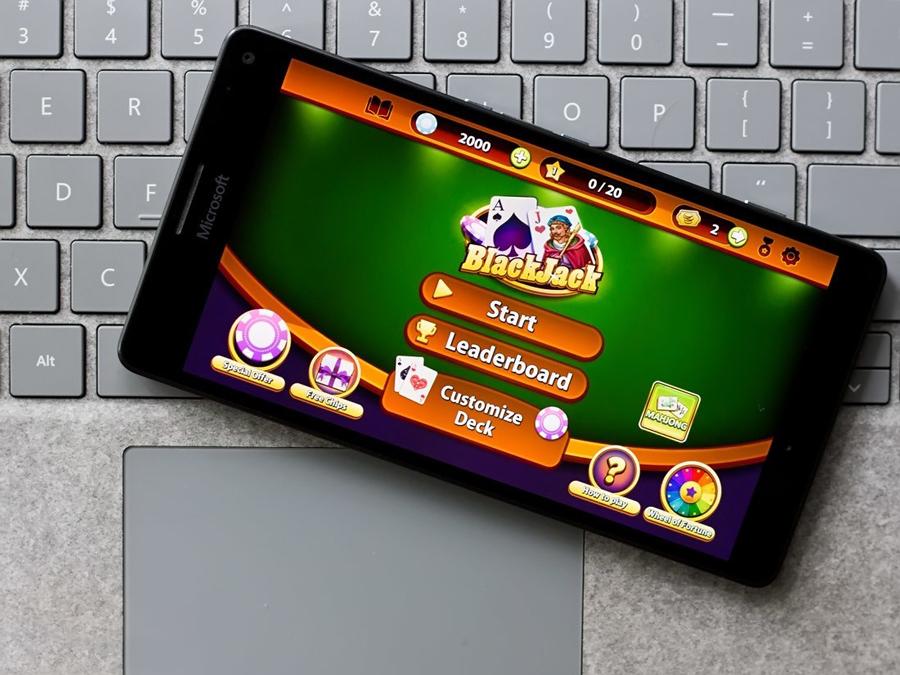 بازی جذاب Blackjack Professional، به صورت رایگان برای ویندوز ۱۰ موبایل و PC
