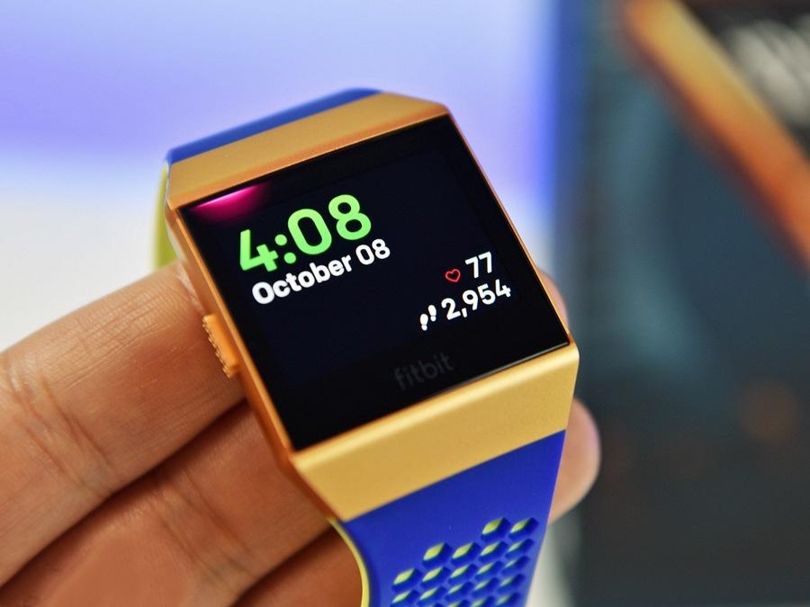 نسخه جدید اپلیکیشن Fitbit امروز برای ویندوز ۱۰ موبایل، تبلت و PC منتشر شد.