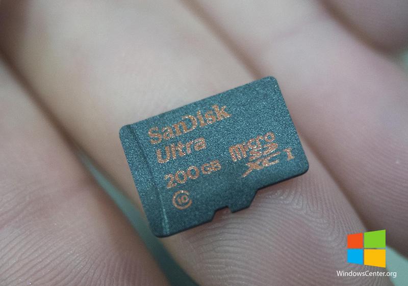 معرفی اولین میکرو اس دی (Micro SD) جهان با حجم ۲۰۰GB