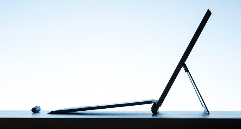 Surface pro 4 و Lumia 950 و lumia 950 XL و همچنین XBOX ONE S در راهند!