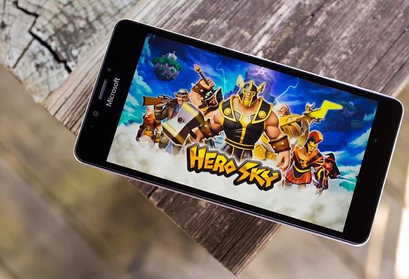 Hero Sky: Epic Guild Wars یک بازی استراتژی فوق العاده به صورت یونیورسال