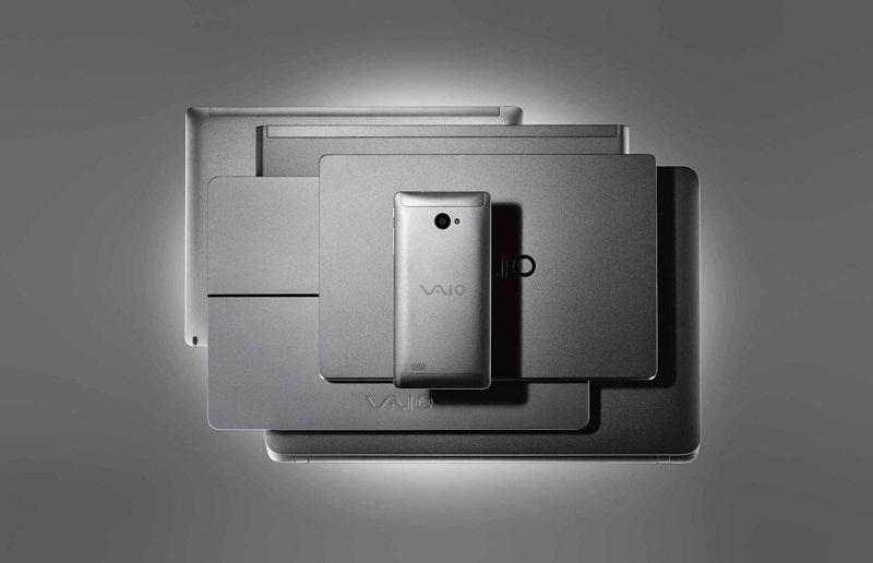 Vaio Phone Biz اولین گوشی وایو با سیستم عامل ویندوز ۱۰ موبایل رونمایی شد.