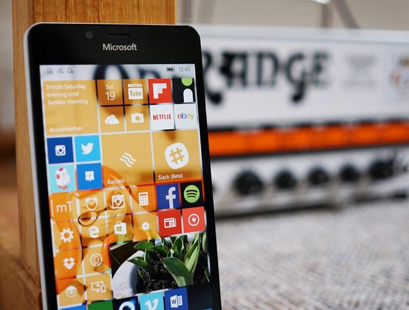 مقاله ای در مورد روشن کردن قضیه آپدیت گوشی های قدیمی به ویندوز ۱۰ موبایل