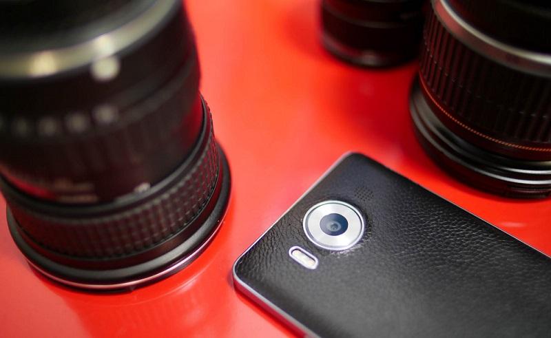 آپدیت جدید برای Windows Camera با ارتقاء نسخه آن به ۲۰۱۶٫۳۲۵٫۶۱ منتشر شد