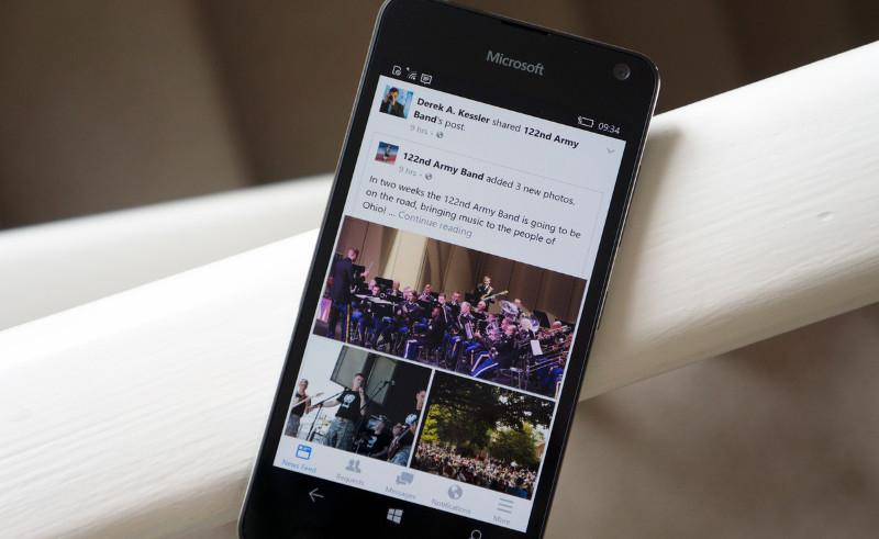 دانلود نسخه جدید و یونیورسال Facebook (Beta) برای ویندوز ۱۰