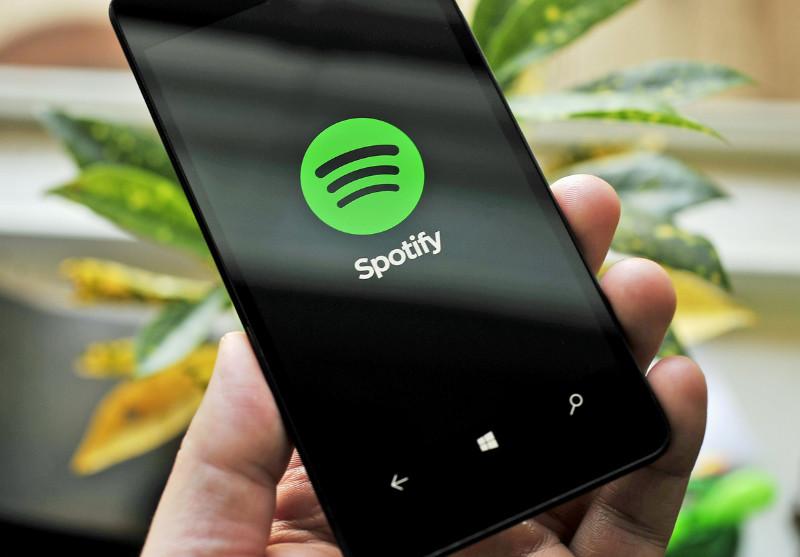 نسخه جدید اپلیکیشن Spotify برای ویندوز ۱۰ موبایل منتشر شد.