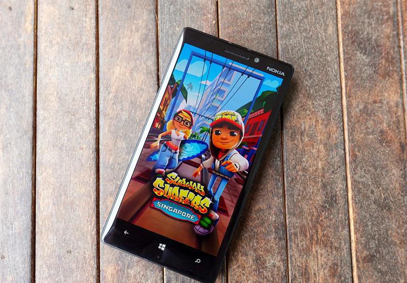 دانلود بازی Subway Surfers برای ویندوز ۱۰ موبایل