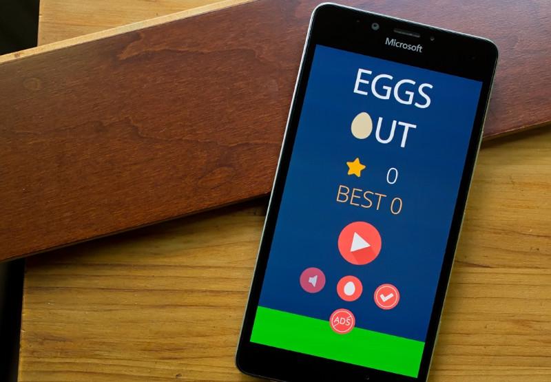 بازی جذاب Eggs Out را از دست ندهید!