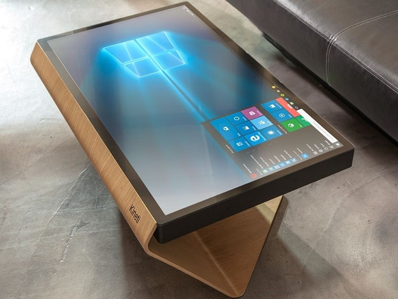 میز هوشمند با سیستم عامل ویندوز ۱۰!