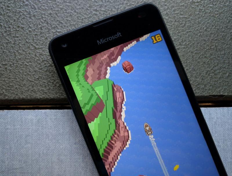 بازی Ocean Drift برای ویندوز ۱۰ موبایل منتشر شده است.