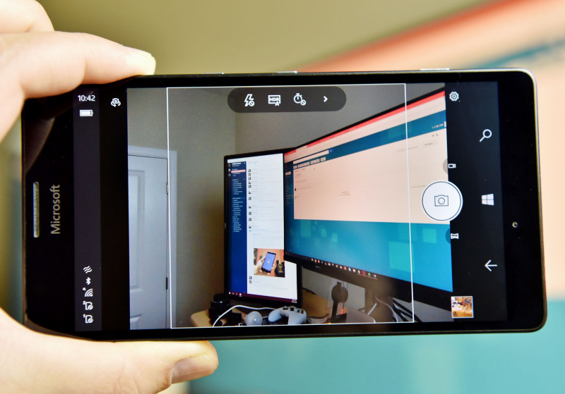 Windows Camera با قابلیت های جدید برای ویندوز ۱۰ بروز شد.