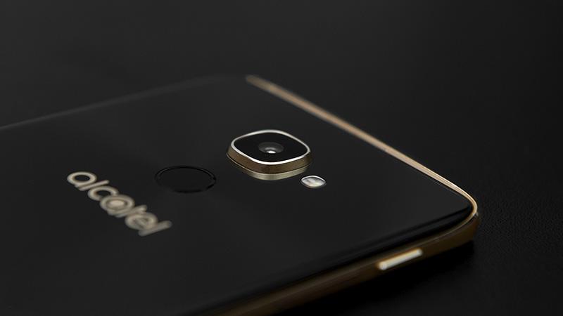 Qualcomm's Snapdragon 835 در ویندوز موبایل بعدی با DX12