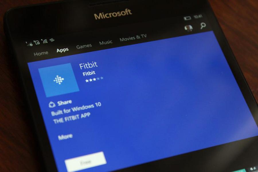 Fitbit در حال تست قابلیت هشدار SMS و تماس در آپدیت بعدی ویندوز ۱۰