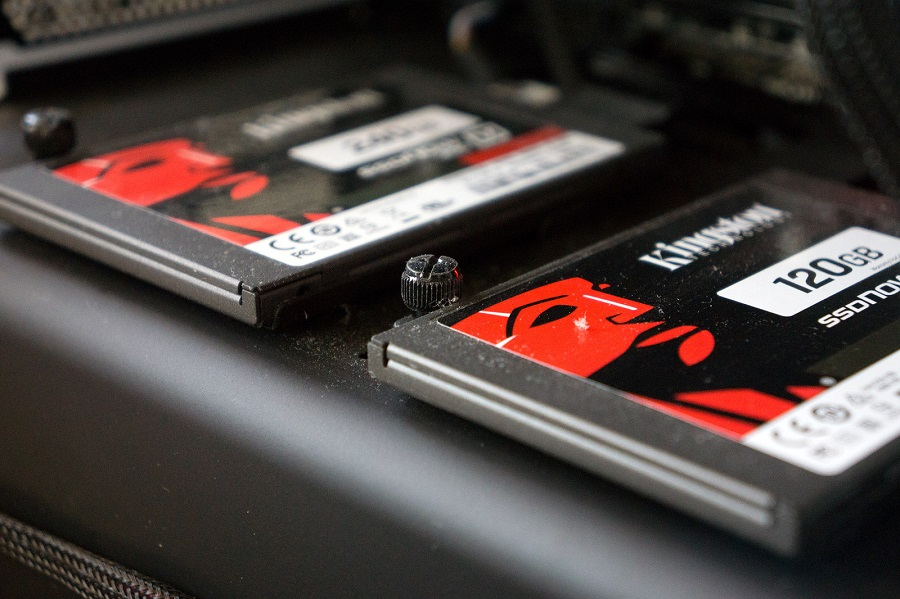 SSD چیست و چرا به آن بروی نوت بوک و کامپیوتر خود نیاز داریم؟