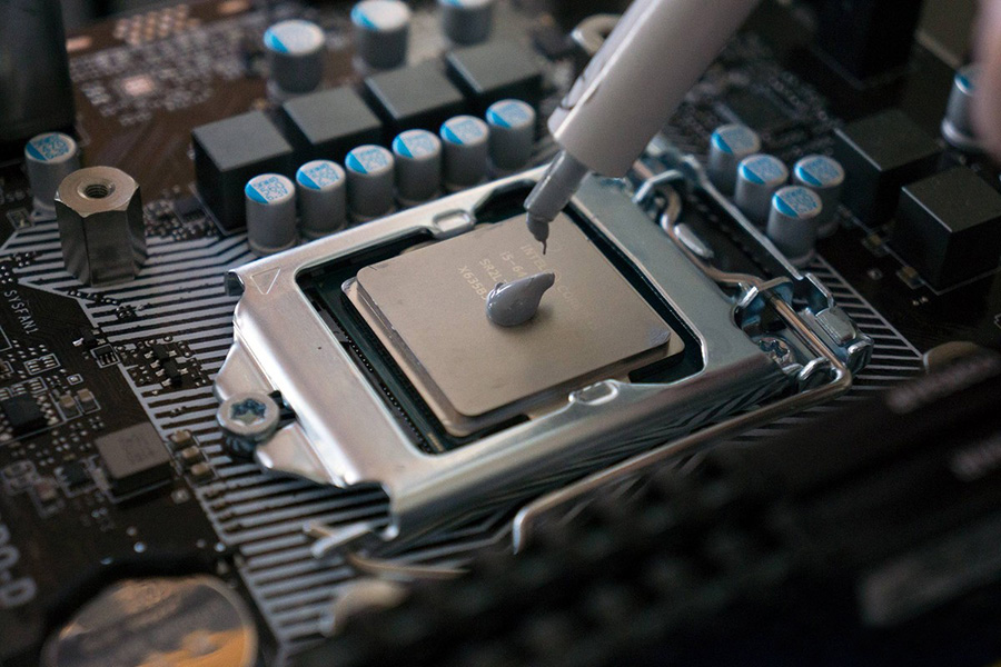 میزان خمیر سیلیکن لازم برای نصب CPU بروی کامپیوتر