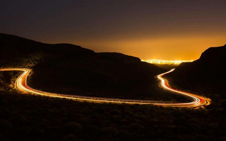 تم زیبای Light in Darkness را به صورت رایگان از استور مایکروسافت دانلود کنید.