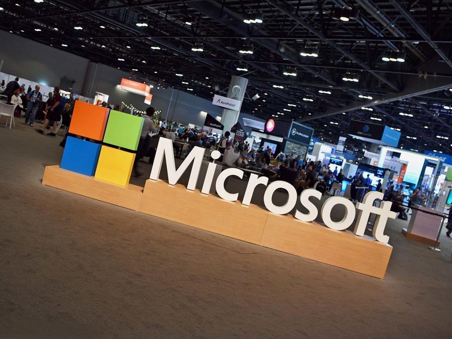 مایکروسافت دوره رایگان آموزش AI (هوش مصنوعی) در اختیار عموم قرار داد.