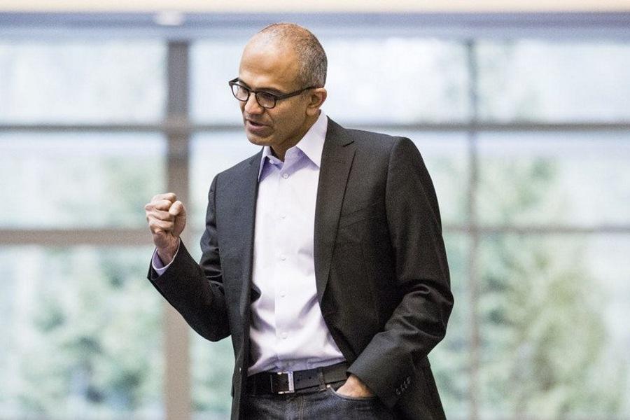 مایکروسافت با اختلاف ۶ میلیارد دلار ارزشمند ترین کمپانی و برند جهان شد.
